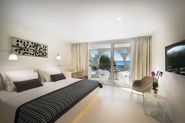 Novigrad, Bedroom in the room, air condition available and WiFi.