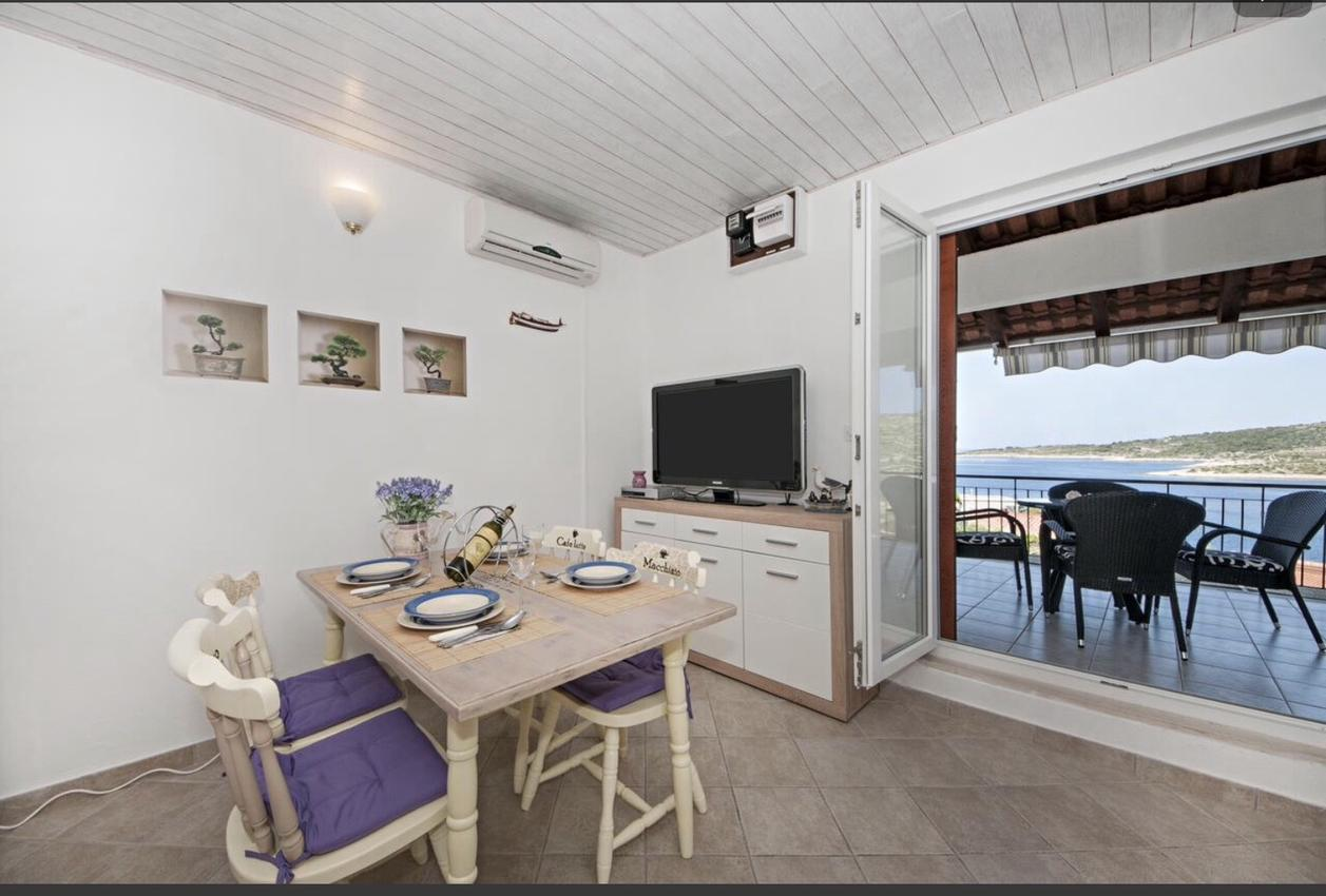 Ferienwohnung im Ort Kanica (Rogoznica), Kapazität 4+0 (2745759), Kanica, , Dalmatien, Kroatien, Bild 2