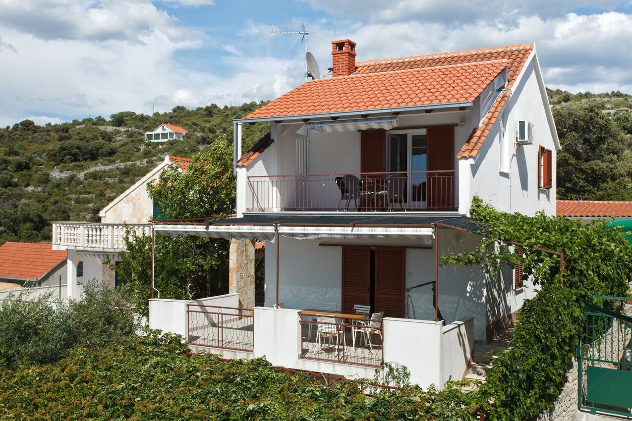 Ferienwohnung im Ort Kanica (Rogoznica), Kapazität 4+0 (2745759), Kanica, , Dalmatien, Kroatien, Bild 1