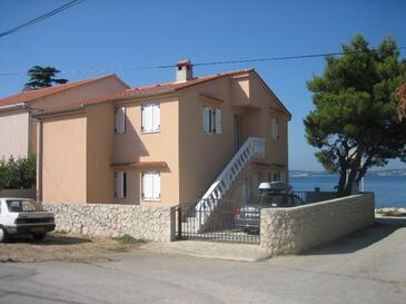 Bibinje, Zadar, Объект 18156 - Апартаменты вблизи моря с галечным пляжем.