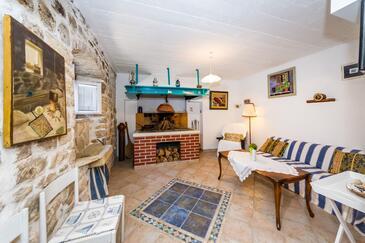 Novigrad, Obývací pokoj v ubytování typu house, domácí mazlíčci povoleni a WiFi.