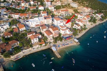 Komarna, Ušće Neretve, Objekt 18166 - Ubytování v blízkosti moře s oblázkovou pláží.