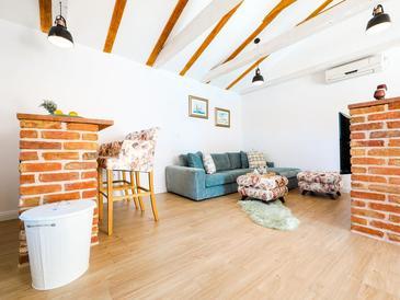 Pridraga - Cuskijaš, Obývací pokoj v ubytování typu house, s klimatizací a WiFi.