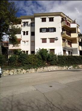 Crikvenica, Crikvenica, Объект 18175 - Апартаменты с галечным пляжем.