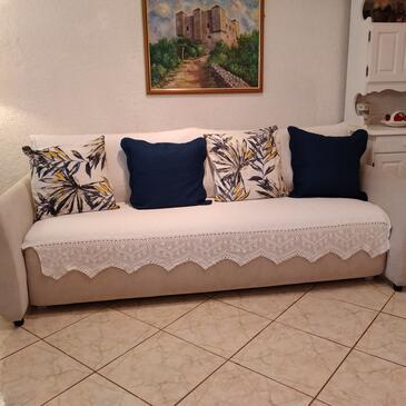 Sveti Juraj, Obývací pokoj v ubytování typu apartment, s klimatizací, domácí mazlíčci povoleni a WiFi.