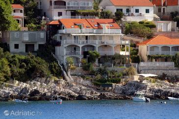Zavalatica, Korčula, Property 182 - Apartments by the sea.