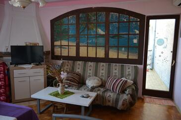 Rovinj, Living room in the apartment, (pet friendly).