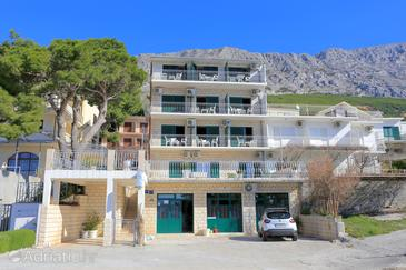 Lokva Rogoznica, Omiš, Property 18211 - Apartments near sea with pebble beach.