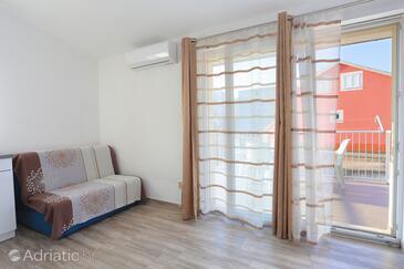 Split, Wohnzimmer in folgender Unterkunftsart apartment, Klimaanlage vorhanden und WiFi.