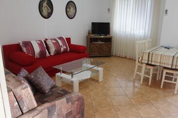 Metajna, Obývací pokoj v ubytování typu apartment, domácí mazlíčci povoleni a WiFi.