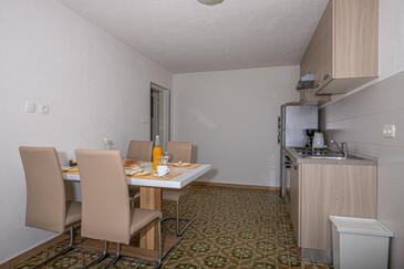 Dramalj, Jídelna v ubytování typu apartment, domácí mazlíčci povoleni a WiFi.
