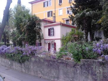 Rijeka, Rijeka, Property 18278 - Rooms with pebble beach.