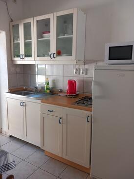 Pag, Kuchyně v ubytování typu studio-apartment, s klimatizací, domácí mazlíčci povoleni a WiFi.