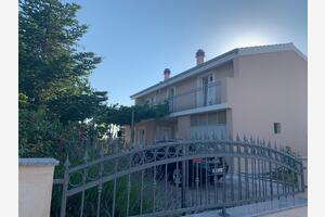 Apartments with a parking space Katuni, Zagora - 18344