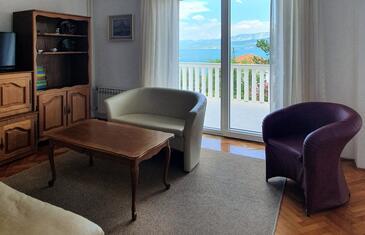 Šilo, Obývací pokoj v ubytování typu apartment, s klimatizací, domácí mazlíčci povoleni a WiFi.