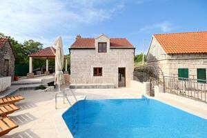 Dom s bazénom pre rodinu Župa Srednja, Dalmatínske Záhorie - Zagora - 18369