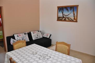 Karin Gornji, Obývací pokoj v ubytování typu apartment, WiFi.