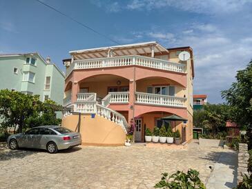 Vodice, Vodice, Property 18428 - Apartments with pebble beach.
