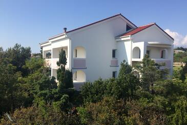 Novalja, Pag, Объект 18444 - Апартаменты с галечным пляжем.