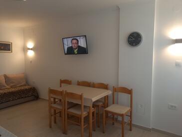 Vantačići, Jedilnica v nastanitvi vrste apartment, WiFi.