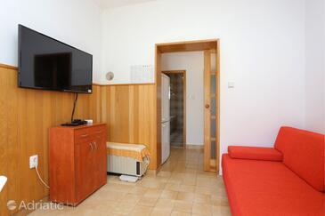 Seget Vranjica, Dnevni boravak u smještaju tipa apartment, kućni ljubimci dozvoljeni i WiFi.