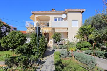 Seget Vranjica, Trogir, Property 18487 - Apartments by the sea.