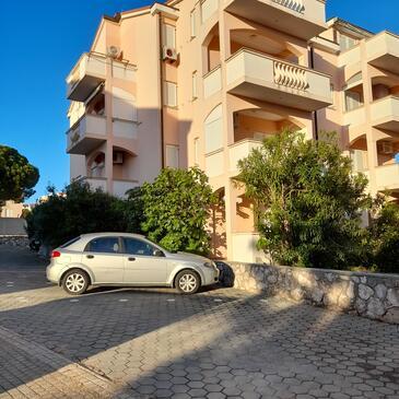 Novalja, Pag, Property 18499 - Apartments with pebble beach.