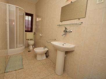 Bathroom    - A-185-a