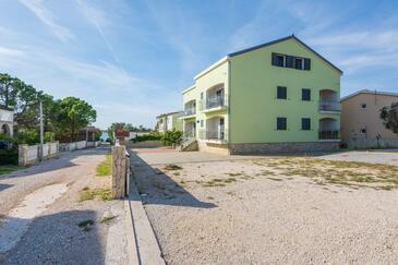Vir, Vir, Объект 18515 - Апартаменты вблизи моря с галечным пляжем.