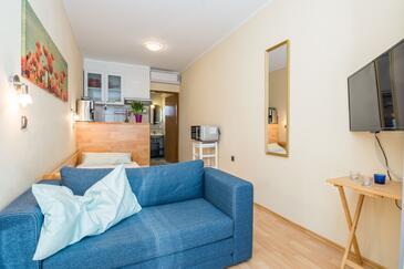 Vir, Гостиная в размещении типа studio-apartment, доступный кондиционер, Домашние животные допускаются и WiFi.