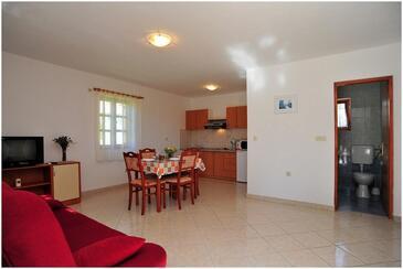 Vir - Lozice, Obývací pokoj v ubytování typu apartment, s klimatizací a WiFi.