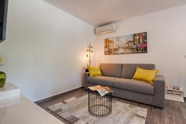 Vir - Kozjak, Obývací pokoj v ubytování typu apartment, s klimatizací a WiFi.