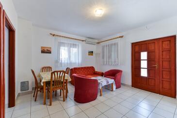 Vir - Kozjak, Гостиная в размещении типа apartment, доступный кондиционер и WiFi.