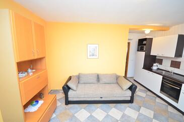Vir - Kozjak, Living room in the apartment, air condition available and WiFi.