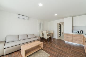 Vir, Obývací pokoj v ubytování typu apartment, WiFi.