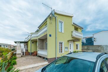 Vir - Lozice, Vir, Property 18593 - Apartments near sea with pebble beach.