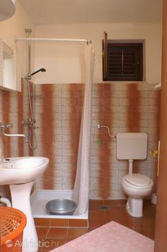 Bathroom    - A-186-b