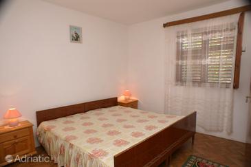 Bedroom    - A-186-b
