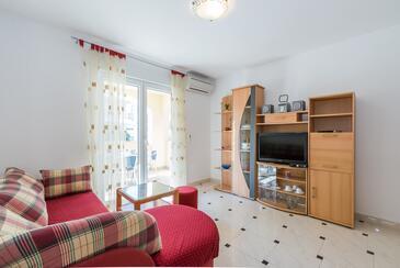 Vir, Obývací pokoj v ubytování typu apartment, s klimatizací, domácí mazlíčci povoleni a WiFi.