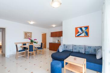 Vir, Living room in the apartment, air condition available, (pet friendly) and WiFi.