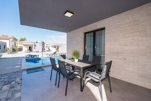 Luxury villa with a swimming pool Vir - 18611