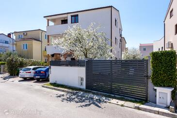 Fažana, Fažana, Property 18639 - Apartments with pebble beach.