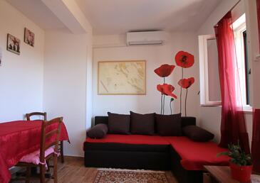 Punta križa, Obývací pokoj v ubytování typu apartment, s klimatizací, domácí mazlíčci povoleni a WiFi.