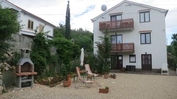 Soline, Krk, Property 18787 - Apartments with pebble beach.