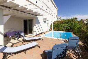 Family friendly apartments with a swimming pool Sabunike, Zadar - 18841