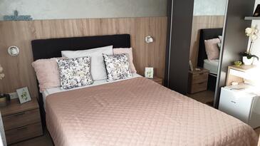 Daruvar, Ložnice v ubytování typu room, s klimatizací a WiFi.
