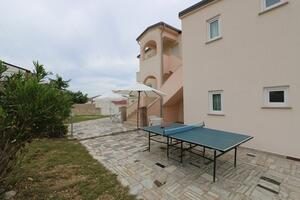 Apartments with a parking space Stara Novalja, Pag - 18860