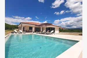 Luxury villa with a swimming pool Hum, Central Istria - Središnja Istra - 18867
