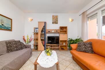 Ližnjan, Obývací pokoj v ubytování typu apartment, s klimatizací a WiFi.