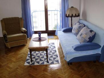 Rijeka, Obývací pokoj v ubytování typu apartment.